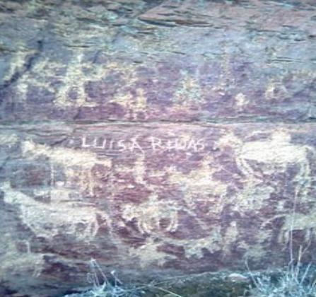 Petroglifos en la ruta del Cerro de San isidro en Segovia