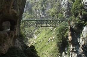 Ruta de senderismo del Cares en los Picos de Europa entre Asturias y León